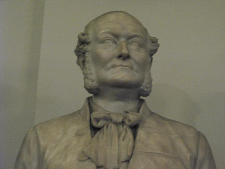 Statue de Frederick Gye dans le hall du Royal Opera House, à Londres. Il en a été le directeur pendant de longues années, au XIXe siècle