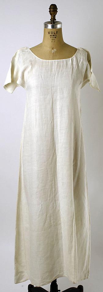 Chemise de corps, que les femmes portaient comme sous-vêtement principal au XIXe siècle