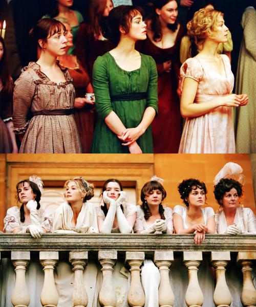 Comparaison des robes de bal pour Meryton et Netherfield, dans le film Orgueil et préjugés de Joe Wright, sorti en 2005