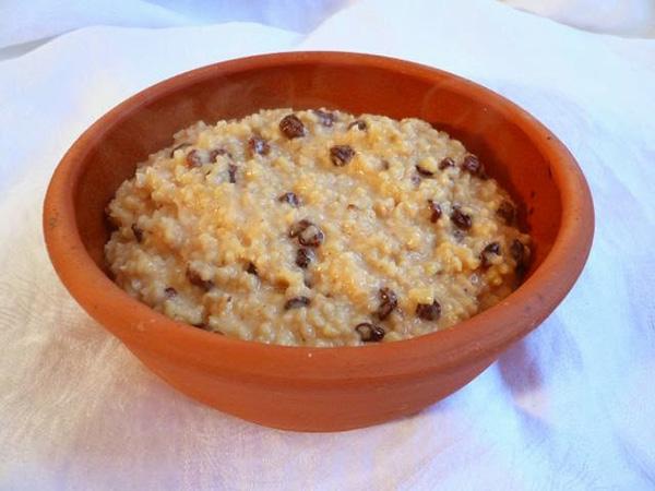 La fromentée est une bouillie de grains de blé concassés, issue de l'époque médiévale
