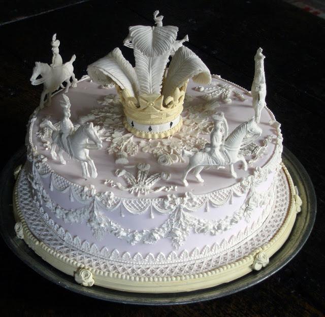 Gâteau des Rois réalisé par le cuisinier anglais Ivan Day, selon des techniques issues du XIXème siècle. Photo extraite du site Food History Jotting