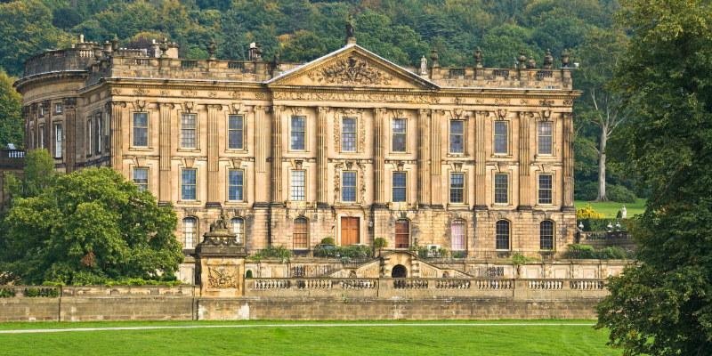 Manoir de Chatsworth House (Derbyshire), parfois utilisé pour représenter la demeure de Pemberley dans le roman de Jane Austen